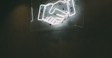 Julien Foussard nous explique comment repenser la relation client suite à la crise